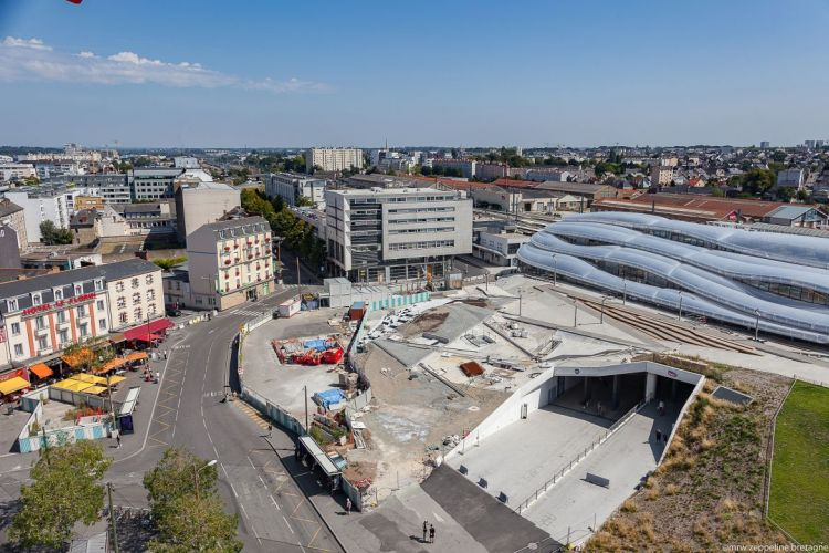 Station Gares - © Mrw Zeppeline Bretagne