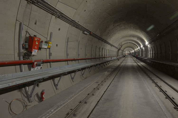 Tunnel entre les stations Jules Ferry et Sainte-Anne - Jean-Louis Aubert - <small>21/11/2019</small>